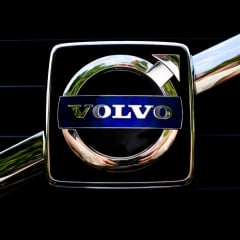 VOLVO V60 B3 Geartronic Momentum Business N1